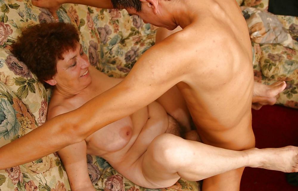 Порно Инцест Зрелая Мать С Сыном