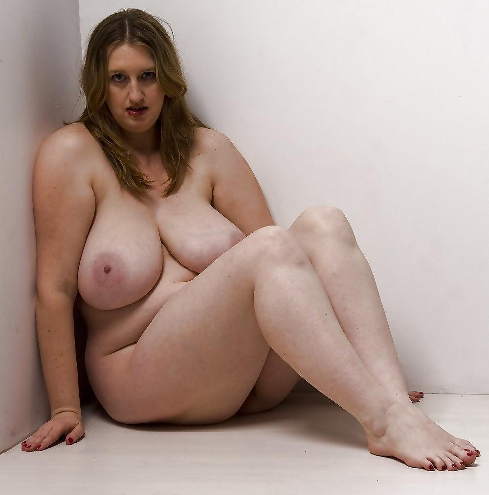 Полные Голые Женщины Онлайн Бесплатно
