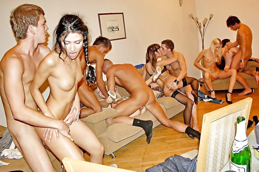 Порно Видео Школьный Вечеринка