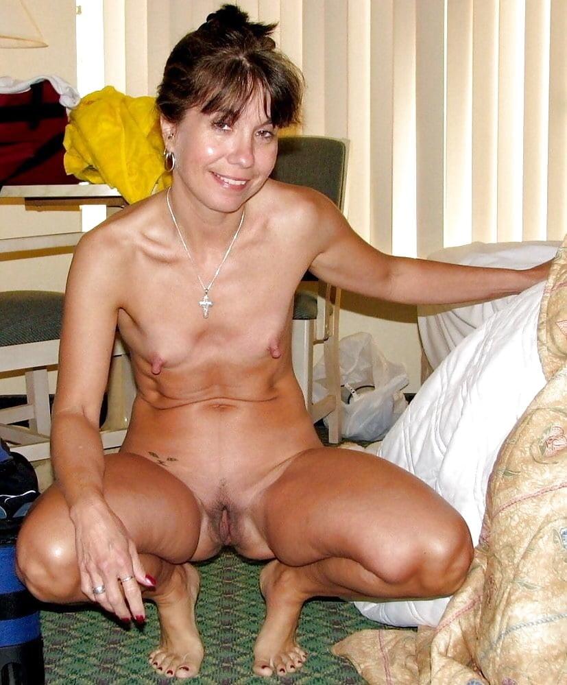Skinny mature sex pics, women porn photos