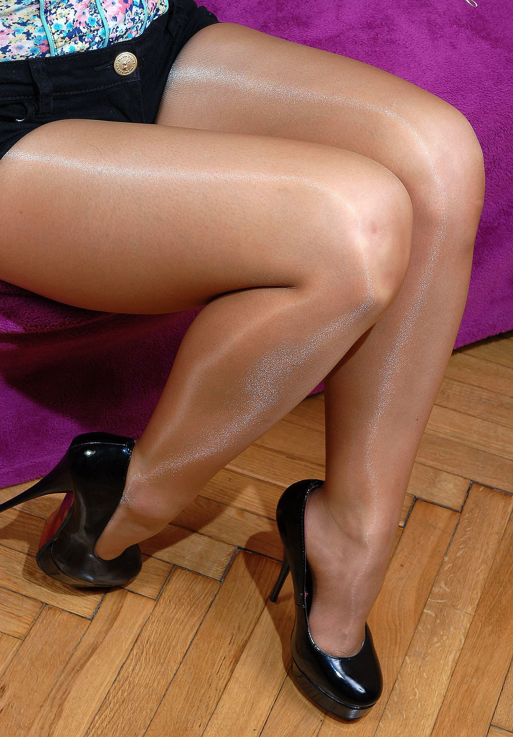 soon-my-free-pantyhose-gallery-was
