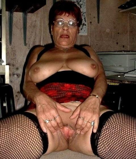 Horny older women near me-9384