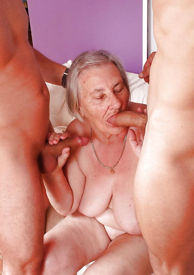Порно фото старость не радость #6