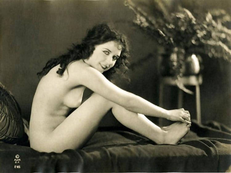 Young Carole Lombard Modeling Semi