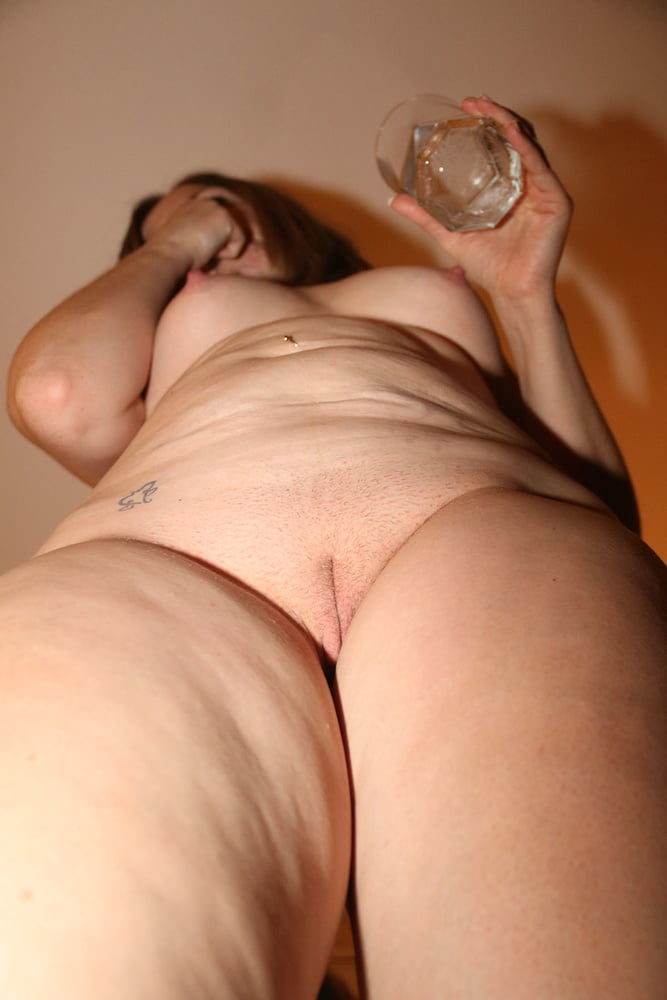 Sue shown to you would love to hear from you- 21 Pics