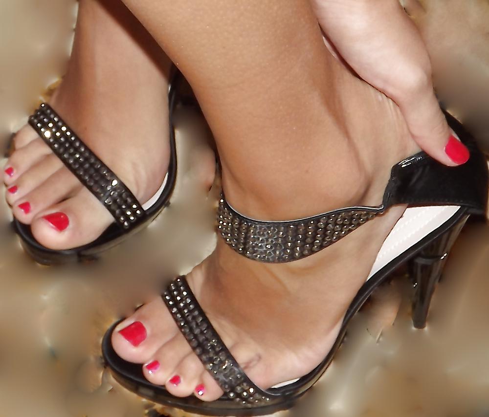 italian-sexy-feet