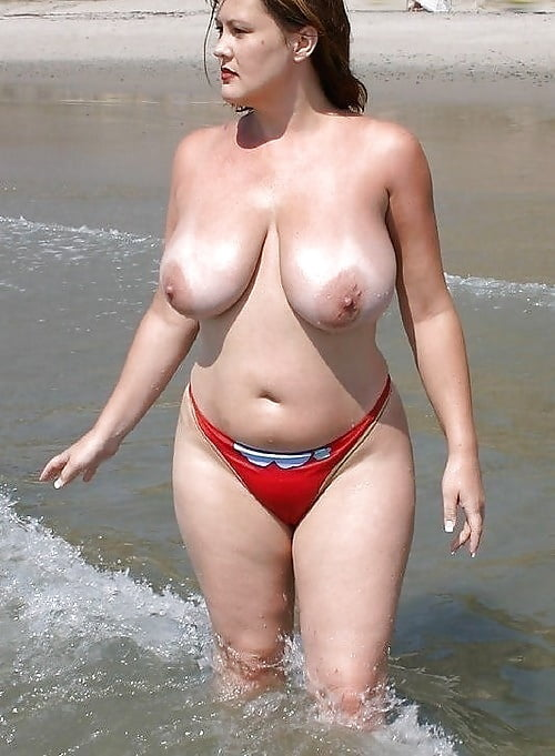 Mandy moore boob grab