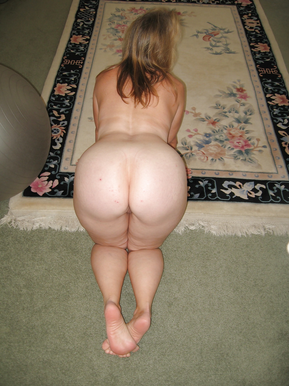 nude-white-big-booty-wifes-drunk-girl-bachelorette-party-stripper