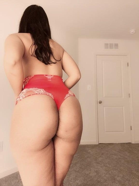 In Red Panties (Mixture) - 19 Pics