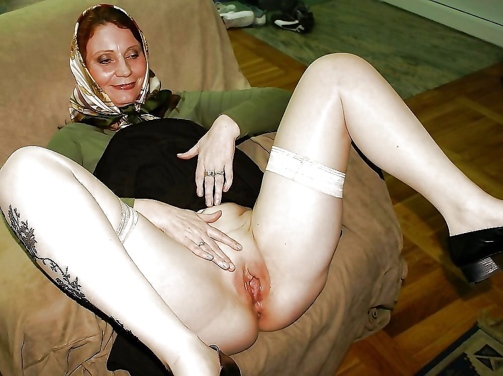 ugly-bitch-sex-twins-from-the-shining-nude
