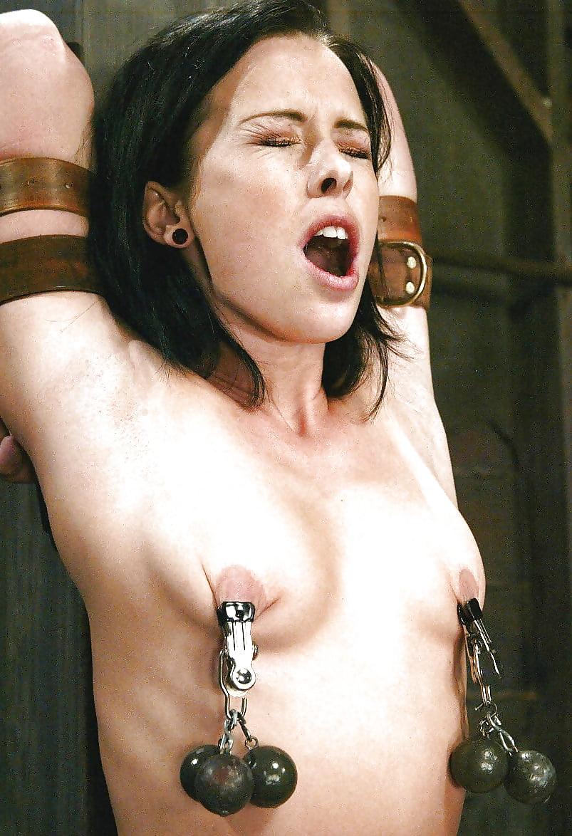 Steel pin nipple stretcher
