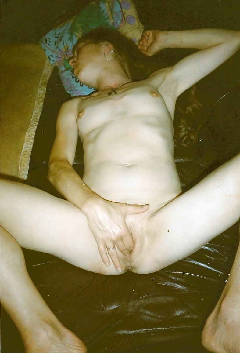 Annette van de venn is gaping and pissing part 2 - 3 part 2