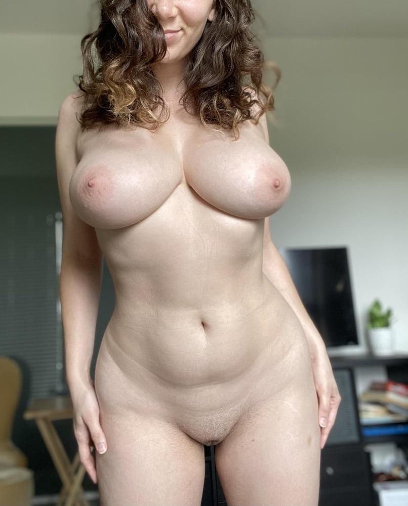 Sagging huge tits-4840