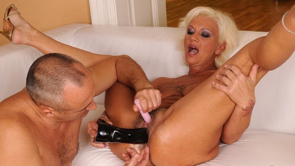 Как снимают порно с старушками — pic 9