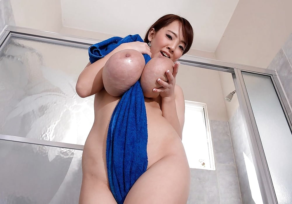 Hitomi Tanaka Pleasant Asian Chick And Her Juicy Incredibl Babes 1