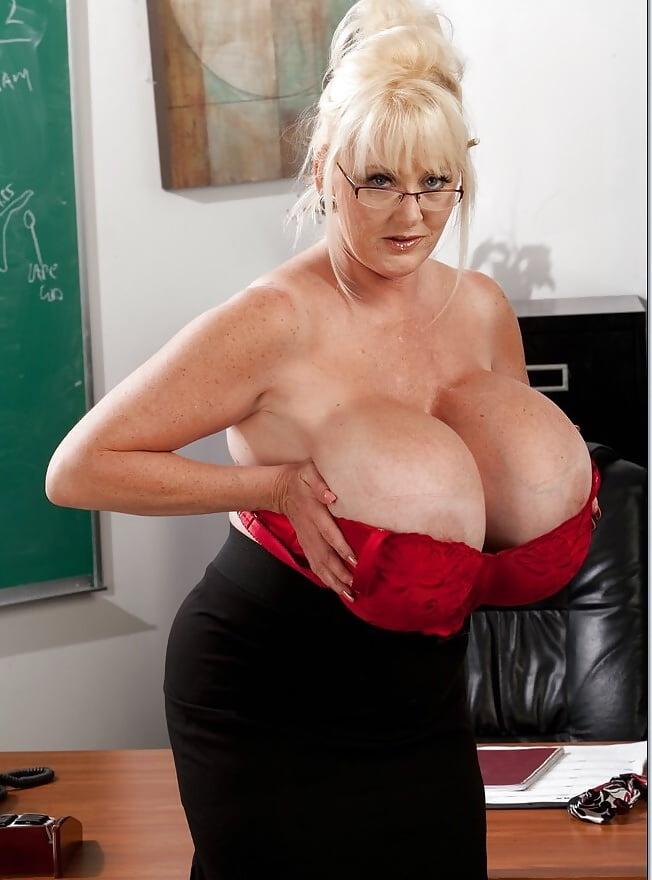 Kayla Kleevage Chris Johnson In My First Sex Teacher