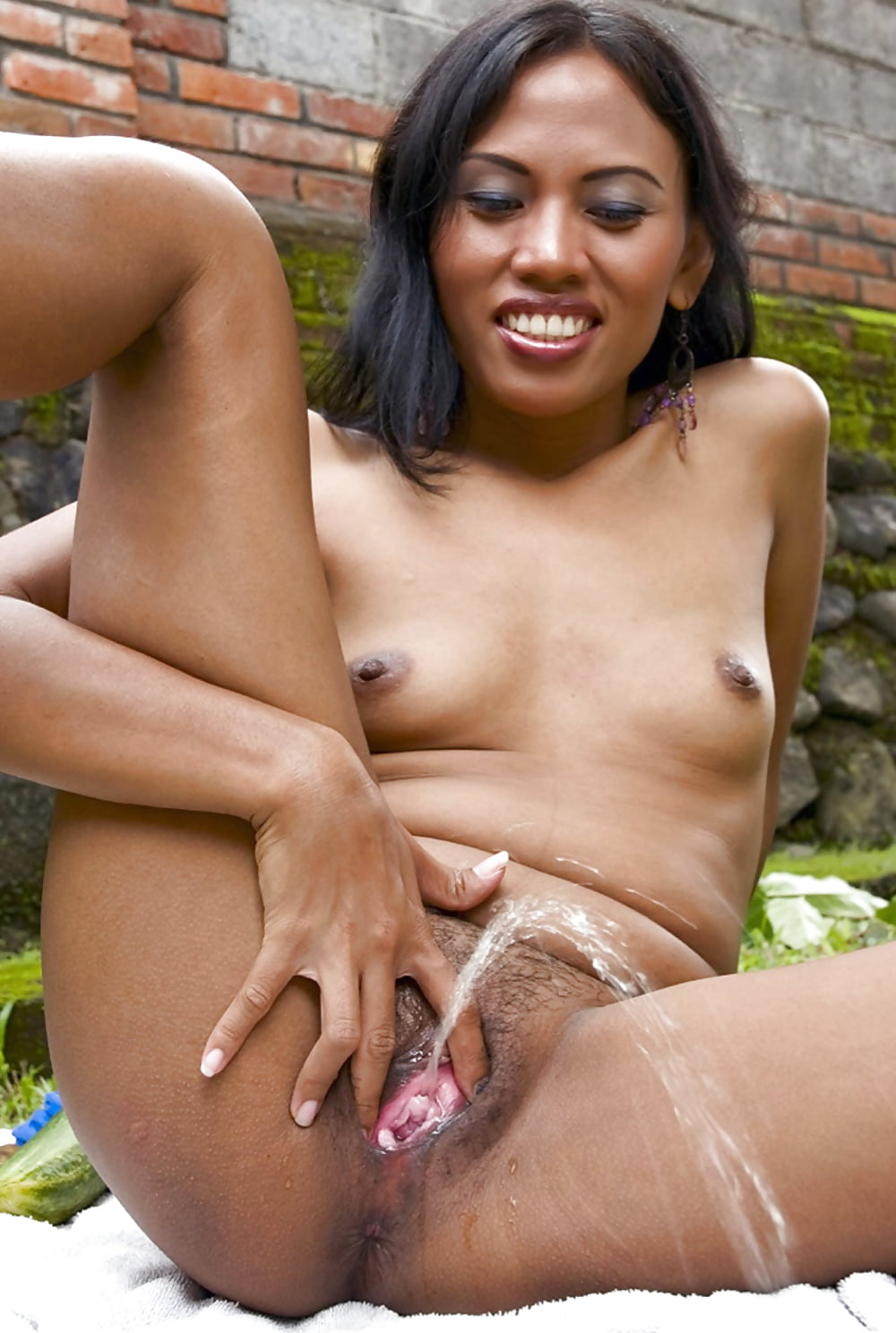 Black piss porn galleries, polish big tited wonen nude