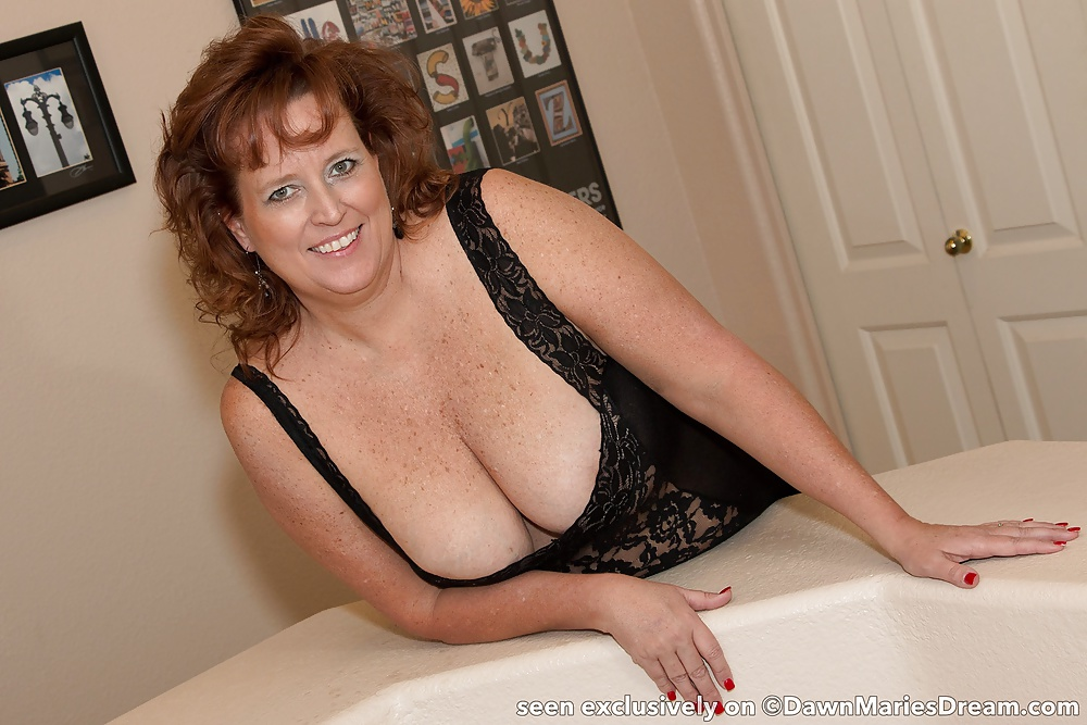 Amature milf marie bathes and fucks not her son - 2 part 4