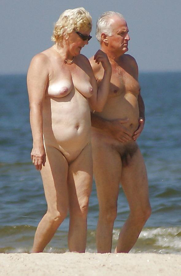 Sexy Mature Seniors Pussy