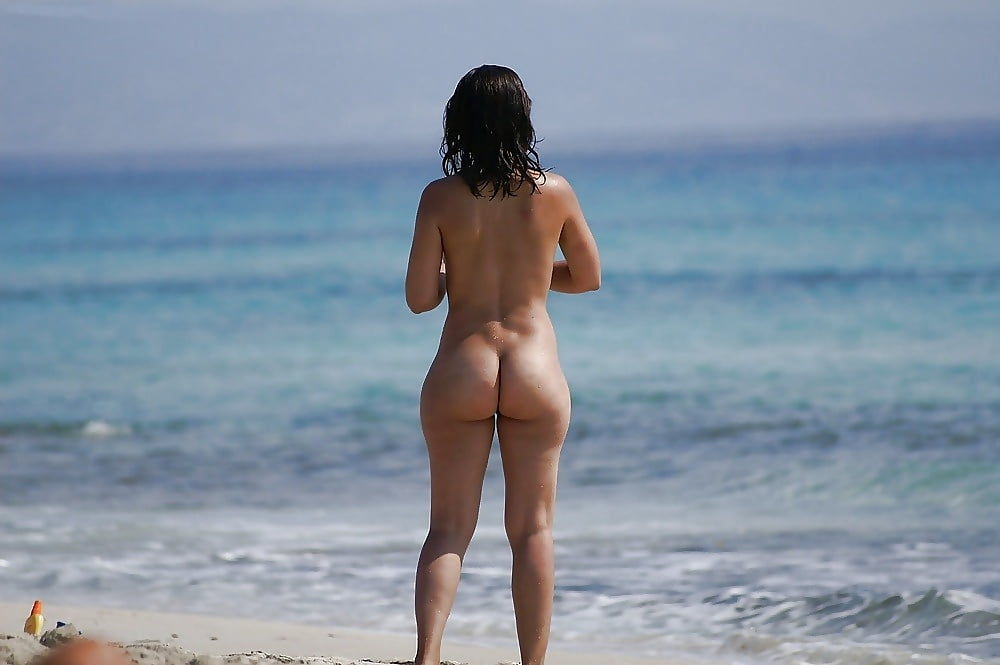 Big butts nudety 15