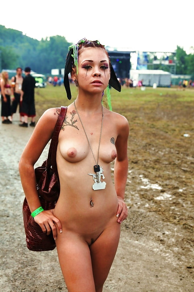 Girls naked festival