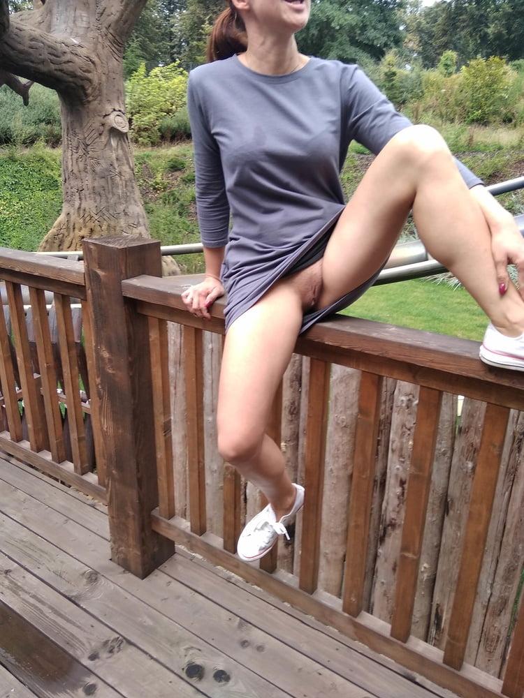 Amusement park - walk with Anna Perv - 33 Pics