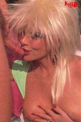 Andrea Clarke - 34 Pics