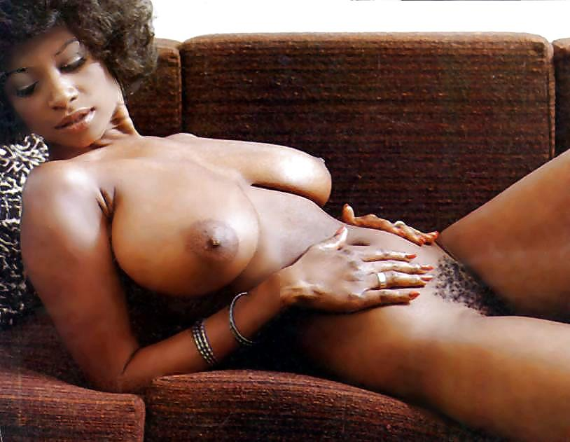 Retro ebony nude guys