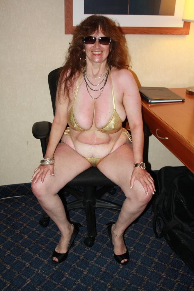 Mature women in skimpy bikinis-6299