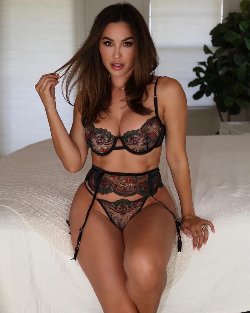 Sexy latina get cumblasted-5531
