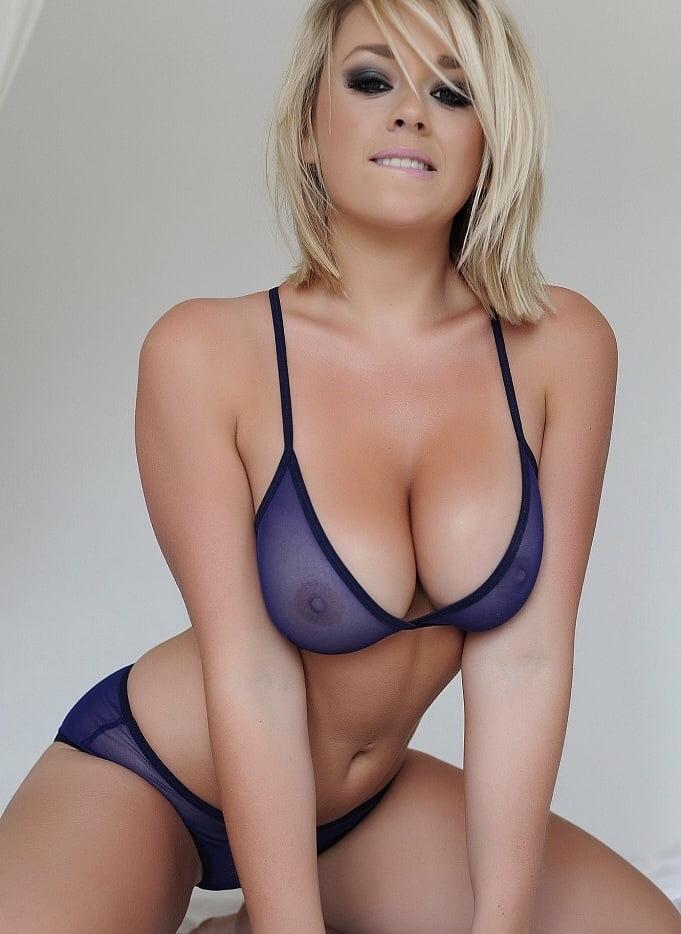 Melissa - The Art of Blonde - 16 Pics