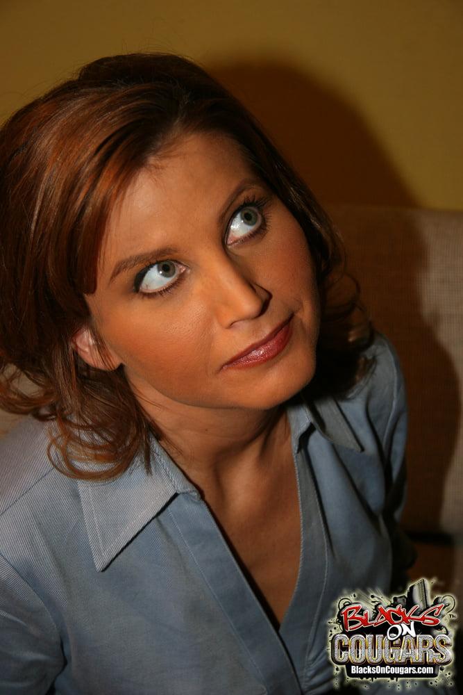 Mature Beautiful BBC Lover Rae Rodgers! - 40 Pics