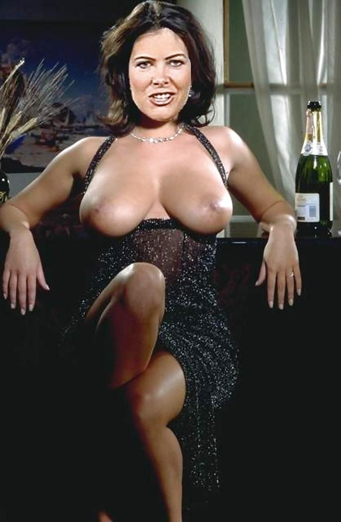 italyanskie-porno-aktrisi-reyting-foto-bolshie