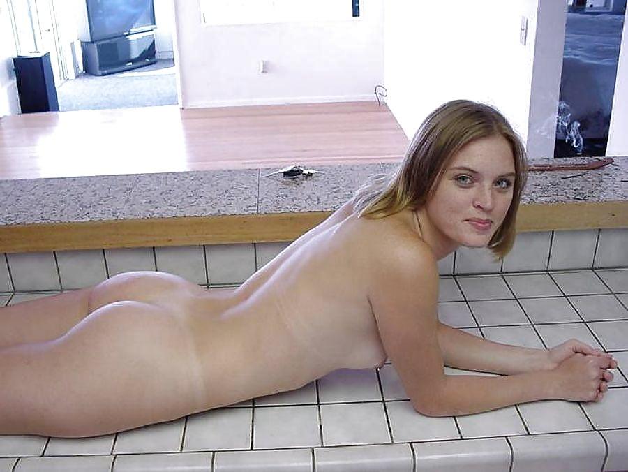 Tweed nude botm girls freak