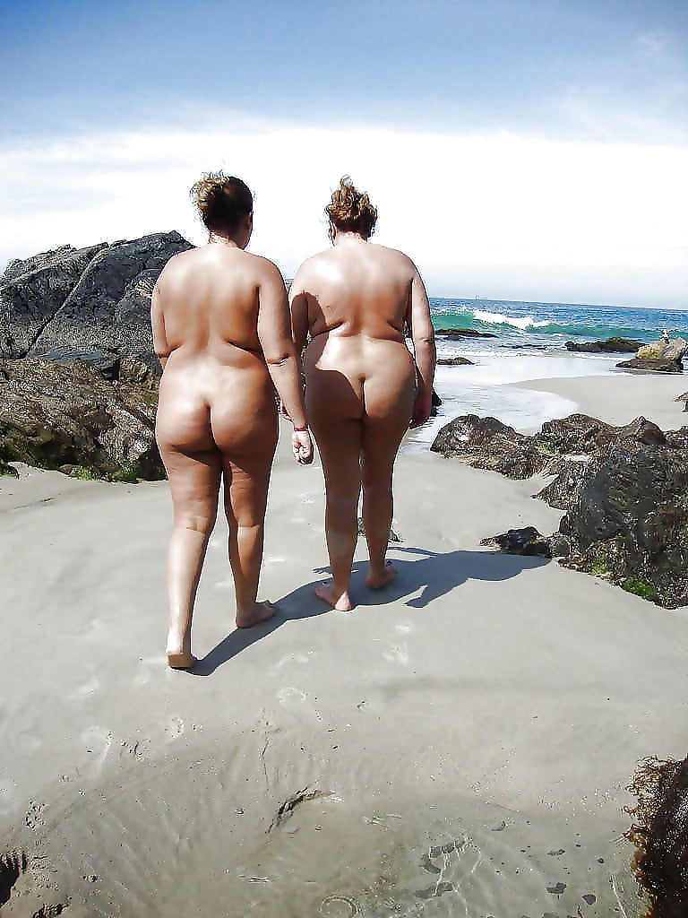 Fat people on a beach naked — pic 6