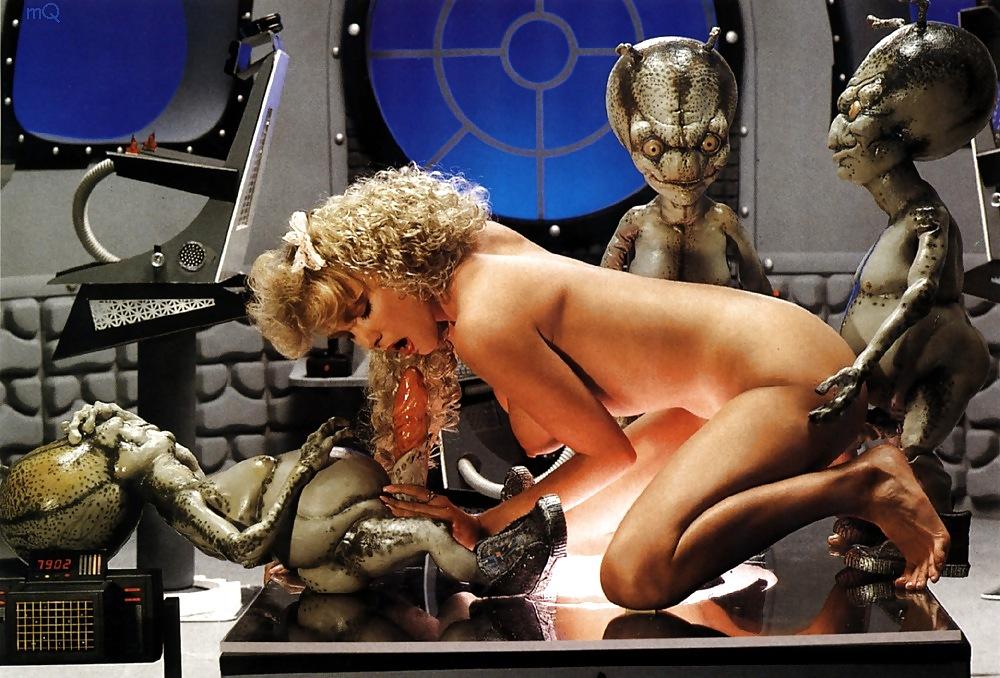 babe-sexy-alien-sex-files-volleyball-girl-feet-dicks-one