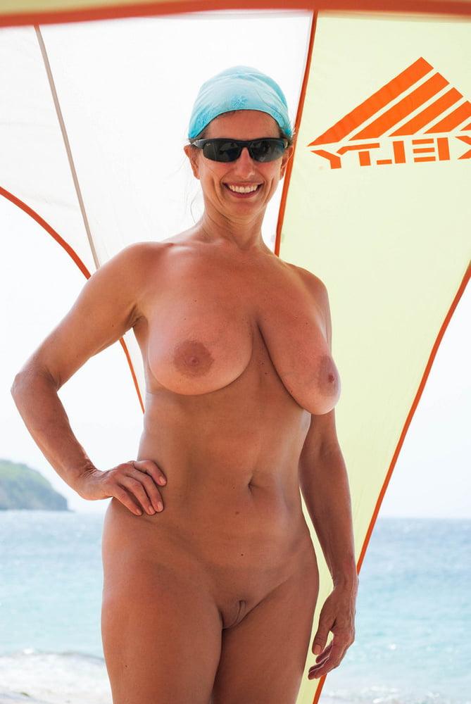Naked Vagina