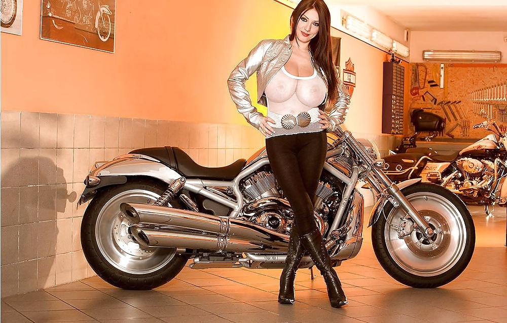 moto-big-xxx