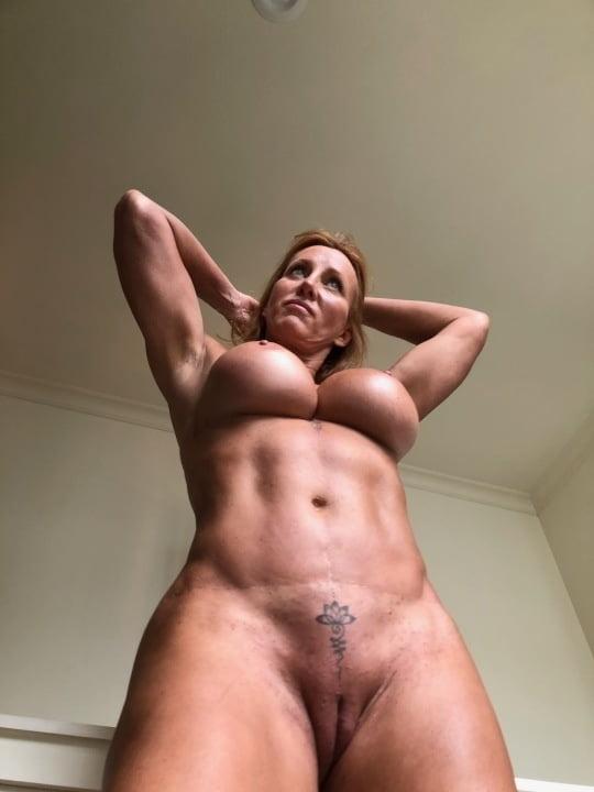 In perfect shape (milfs)