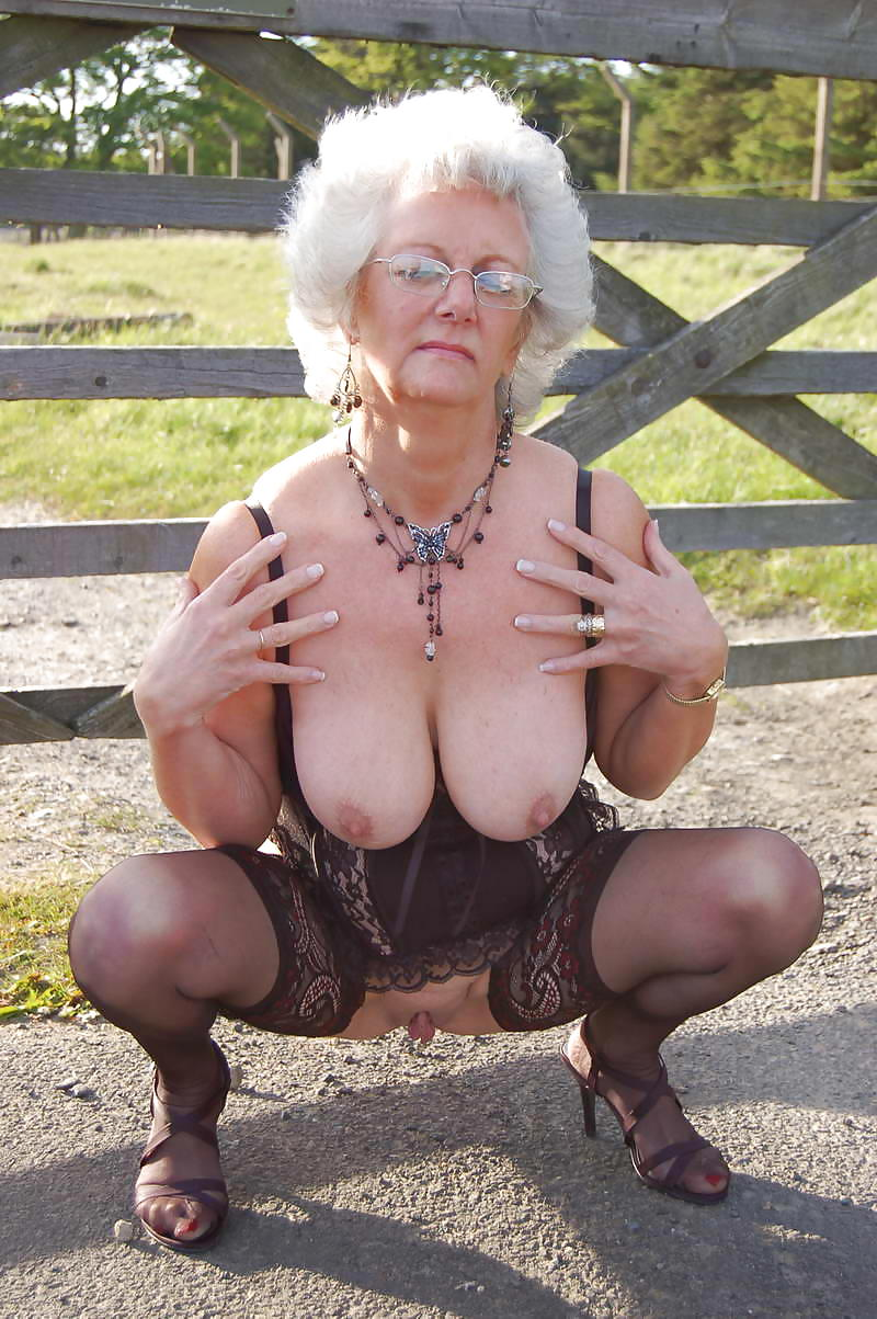 Sexy granny huge boobs naked, girls masturbating porn videos