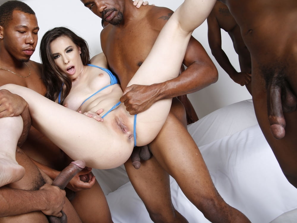 Black girl fucked in all holes — img 15