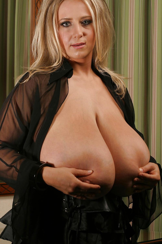 Chubby pic big boob ana movie sales sexy