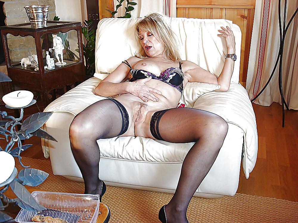 Порно фото зрелые тетеньки в чулках, девушки в колготках голые подборки