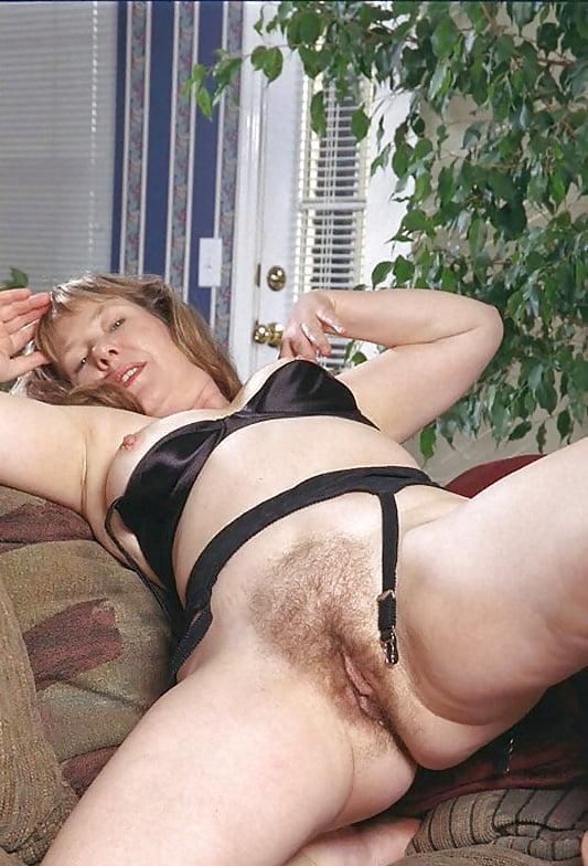 milf pics Fat pussy