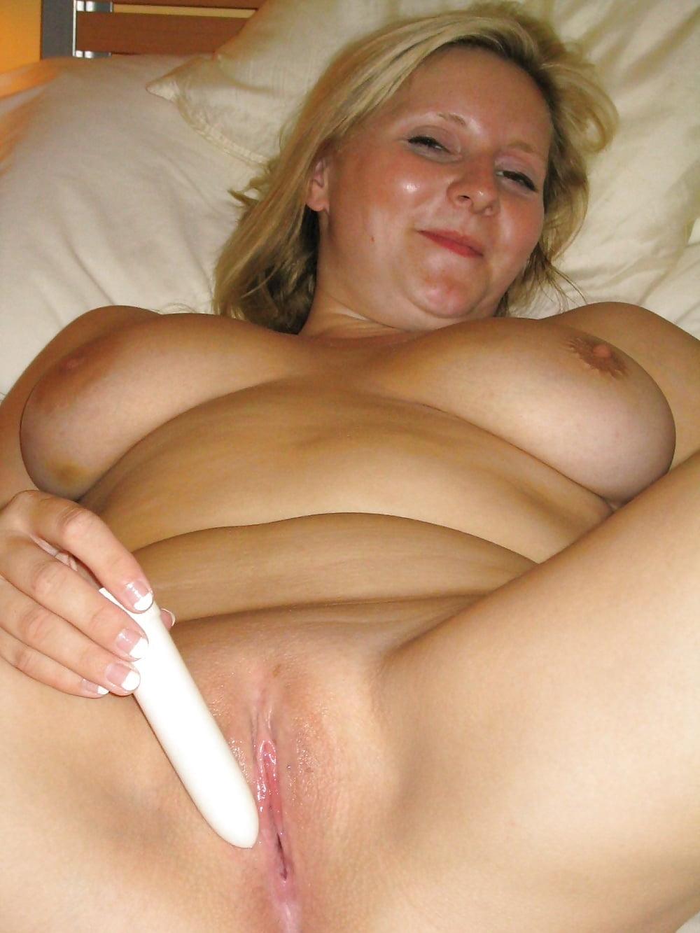 порно фото мастурбирующей женщины позы