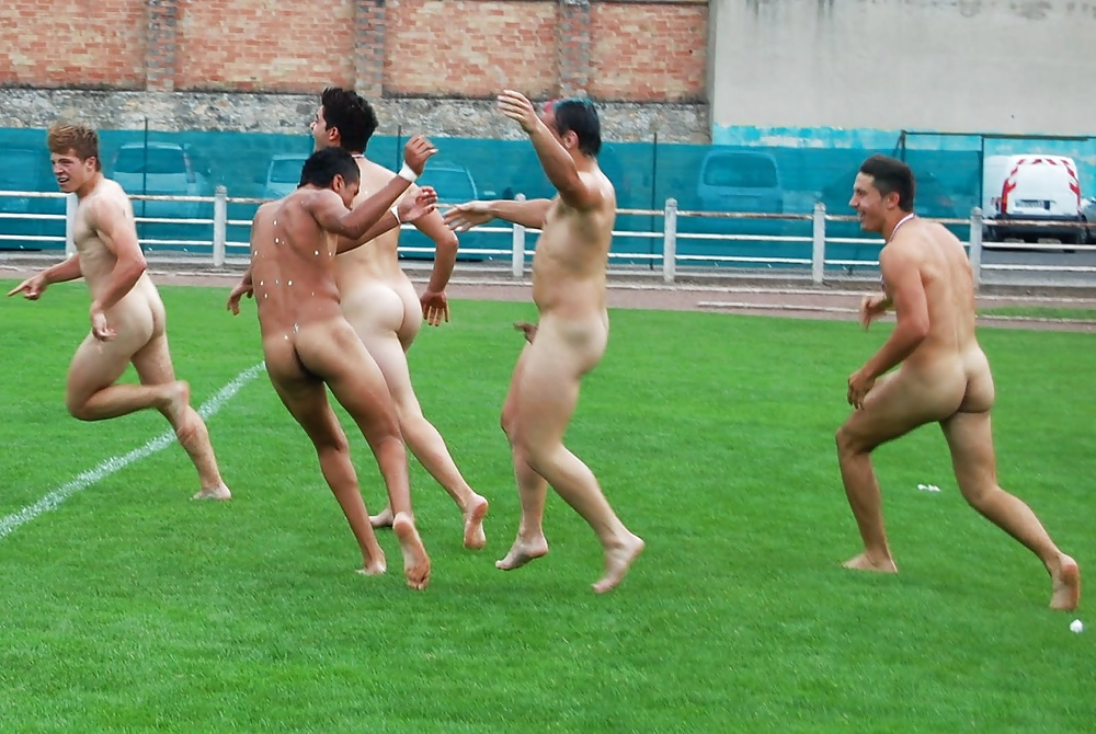 Naked sportsmen medical