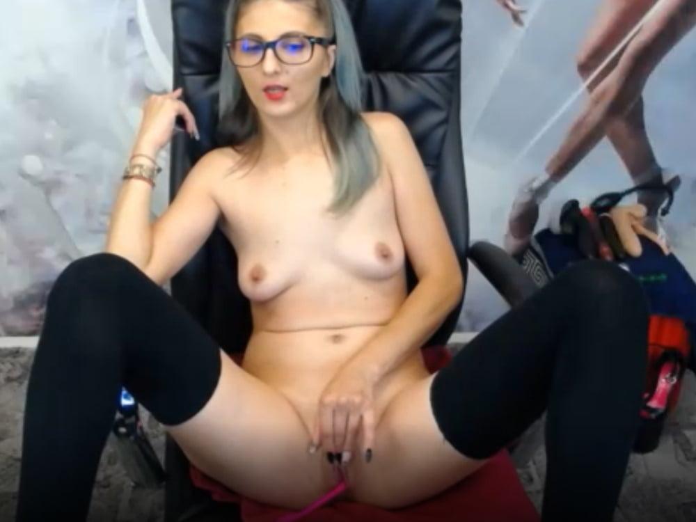 Hot Camgirl With Glasses (Cam, nerd, geek, European, dirty) - 14 Pics