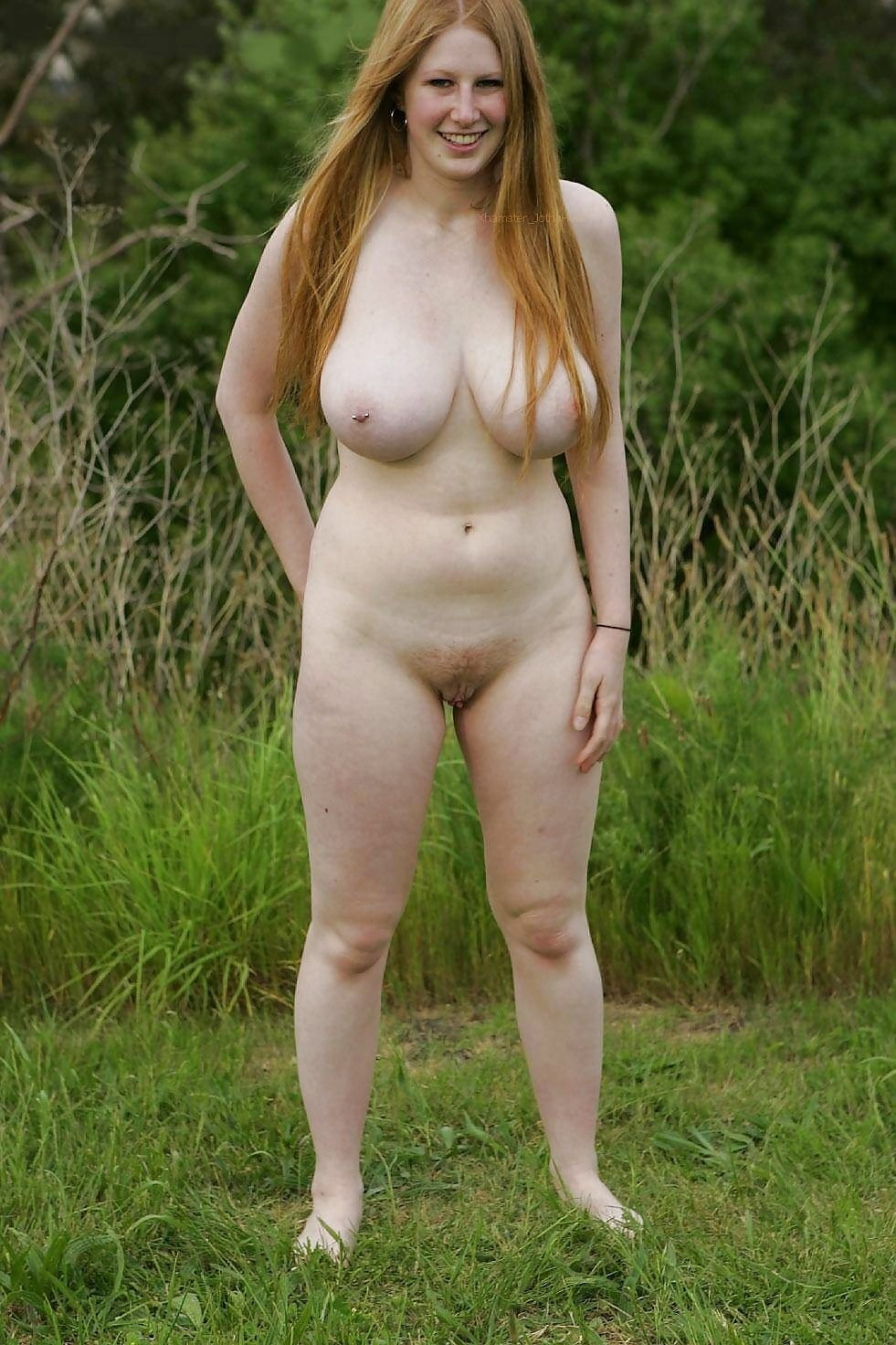 naked-chubby-outside