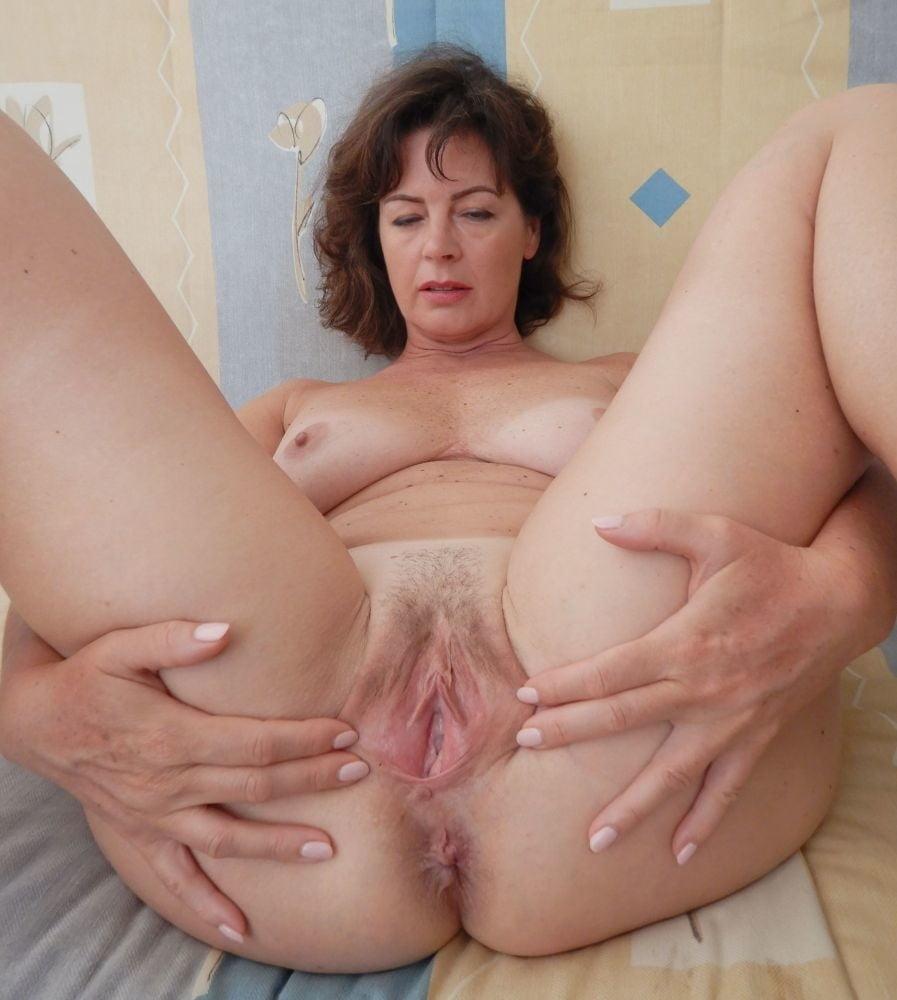 Exposed wife - 18 Pics