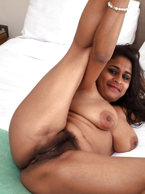 Kerala desi bhabhi blowjob sex nude photos
